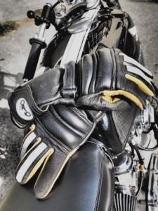 motorbike-gloves